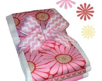 Pink Daisy Organic Cotton Burp Cloth Set - Baby Shower Gift