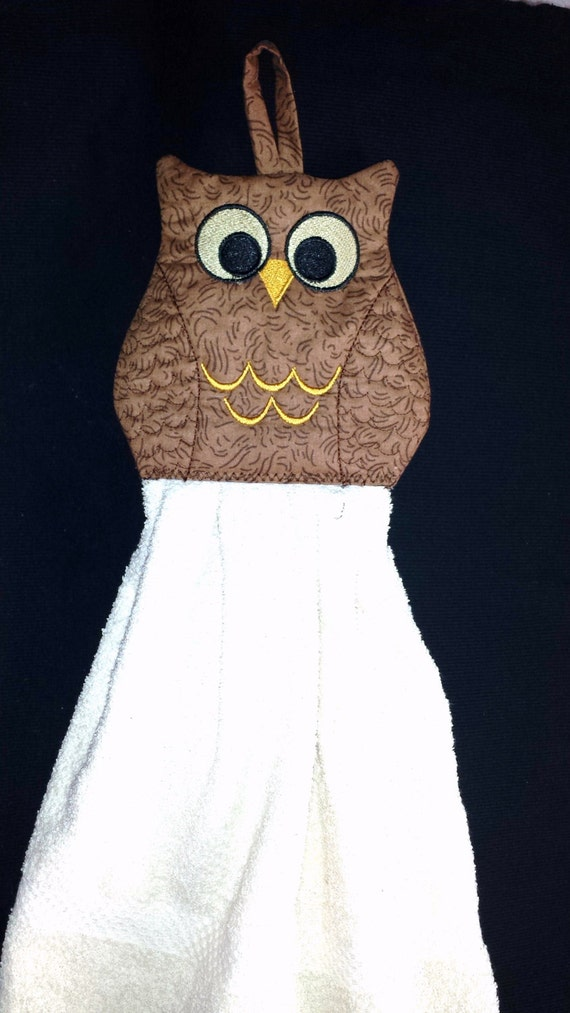 Owl hoop quilted towel topper in the machine