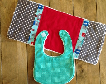 2 piece Robot Bib and Burp Cloth Set