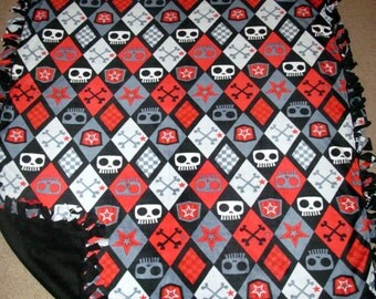 Argyle Skull Red Fleece Tie Blanket
