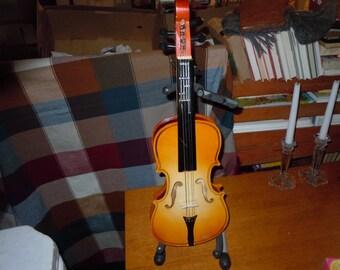 1960s Toy Violin made by Jefferson Mfg Co Phila PA USA