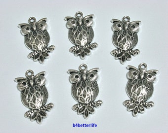 "Lot of 24pcs Antique Silver Tone ""Owl"" Metal Charms. #JL3990."