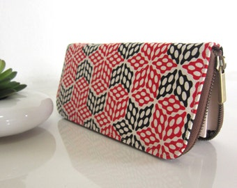 GEOMETRIC WOMEN'S WALLET, Vegan Fabric Wallet, Handmade zipper wallet, Women's wallet, Zippered wallet for your goodies Safety. Look Great !