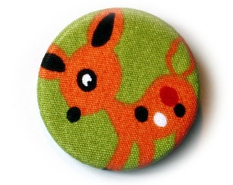 Kid pin back button or magnet