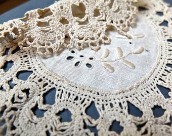 Antique bobbin lace / Cluny lace embroidered doily / vintage linen / cotton