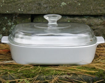 Corning Ware--All White/Just White 10 Inch Browning Skillet with Domed Pyrex Lid -- Casserole -- Small Roaster ~ MW-A-10