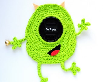 Crochet toy camera lens. Mike Wazowski. toy photographer. Photo prop