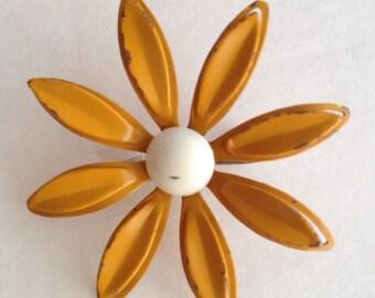 Vintage enamel flower brooch, mustard yellow flower brooch, vintage enamel brooch, vintage daisy brooch