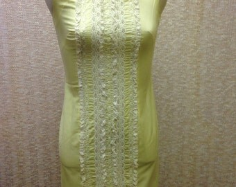 Vintage yellow and white cotton sheath dress size 8 1960's