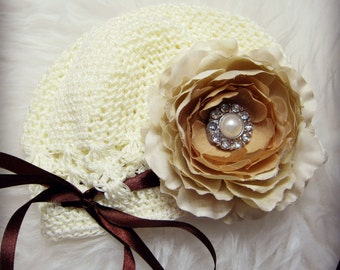 Ivory/Cream Baby/Toddler Girl Flower Crochet Hat