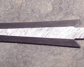 Custom handmade Damascus steel spear head