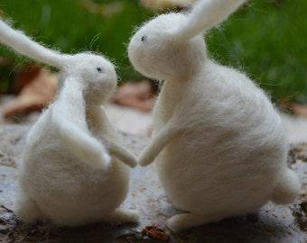 Needle Felt Rabbits Couple, Handmade, Anniversary,OOAK,Bunny,Hare,Valentine,Gift,Needlefelt,Animal,Soft Sculpture,Fibre Art,Miniature