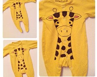 Yellow giraffe babygrow, giraffe sleepsuit, giraffe onesie, UK seller, newborn, Halloween costume baby, baby shower gift, 0-24 months