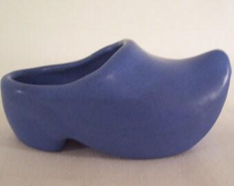 Vintage Niloak Dutch Shoe Blue     S643