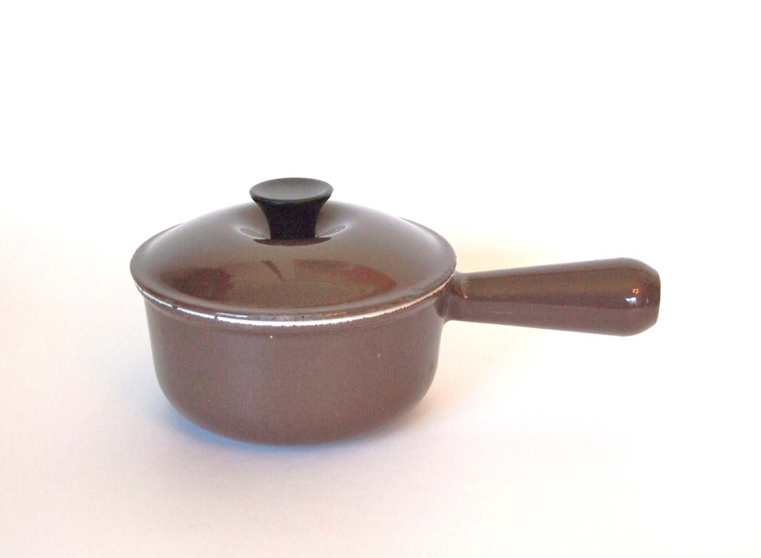 vintage saucepan pot le creuset brown number 14 small sauce. Black Bedroom Furniture Sets. Home Design Ideas