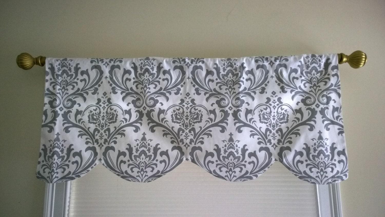 Cantonni re d corative gris rideau en fen tre grise style for Cantonniere pour fenetre