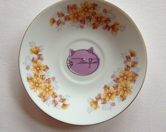 hey fluffy - altered vintage plate