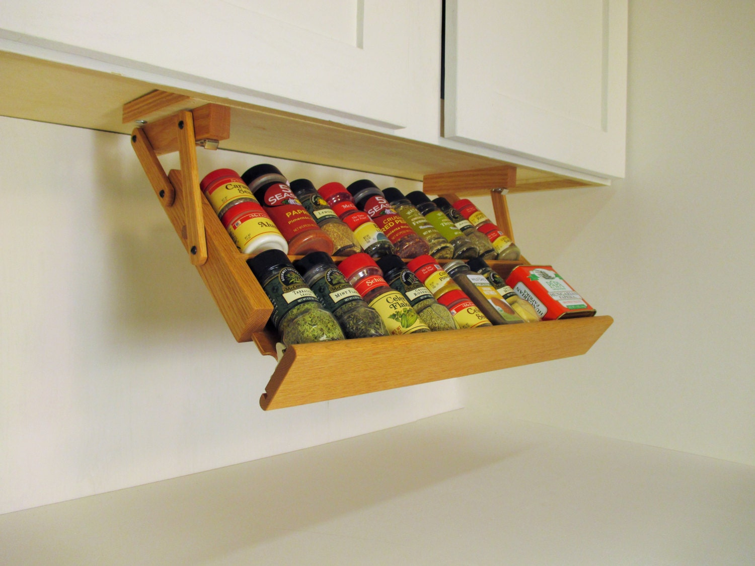 Under Cabinet Spice Rack From Ultimate Kitchen Storage