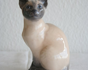 Royal Copenhagen SIAMESE CAT # 3281 Porcelain Figurine Denmark Decoration Art Porcelain 1967