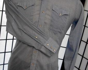 Rockmount Ranch Wear Tru-West Denver CO 1950's men's gingham blue & white western pearl snap shirt medium large