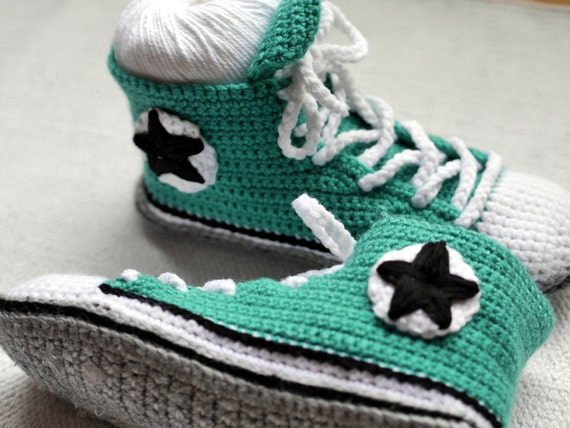 Items similar to Mens Crochet Adult Converse inspired ...