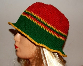 Small,Handmade  crochet  cloche hat, retro,cotton with elastane, rasta