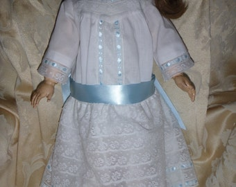 Vintage finery for your antique 25 in. doll