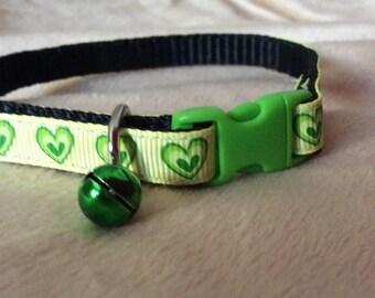 A little Love Cat Collar