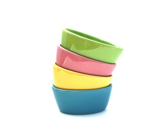 Set of 4 Pastel Colored Ramekins Tien Hsing Yellow, Green, Pink, Blue / Stoneware Desert Dishes / Tien Hsing / Custard Dish / Easter Dishes