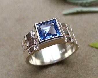 Princess-Cut Aquamarine Ring, Square Synthetic Aquamarine Gemstone, Ice Blue, March birthstone, Sterling Silver Ring, Size 6
