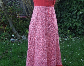 SALE** Vintage hippy prairie dress red and white xs gypsy