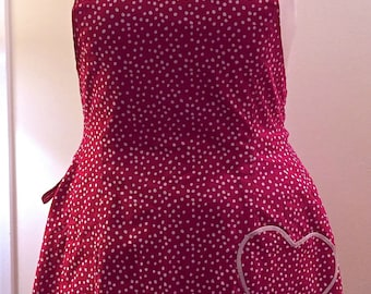 Snoopy Reversible Full Figure, Plus Size, Straight Neckline Apron, Red with White Polka Dots