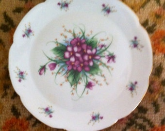 Petite Collector Plate with Violets