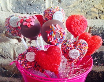 12 Love Themed Cake Pops / Cake Pop / Heart / Chocolate / Cake / Love Heart / Valentines