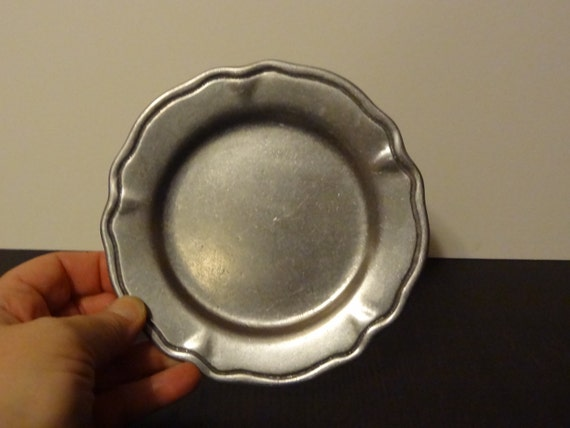 Antique Cambridge Colonial Pewter Oneida By