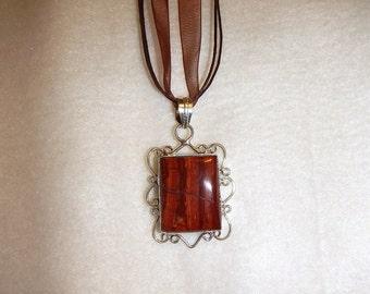 Red Jasper pendant necklace set in silver (P214)