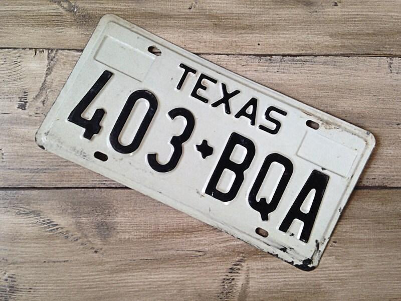 Vintage Texas License Plate 19