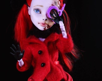 Dr.Travian Collection- SOPHIA  (Monster High Custom Doll)