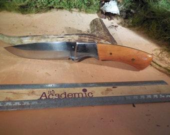 Black Foot Drop Point Skinner lebeneaze cedar wood handles