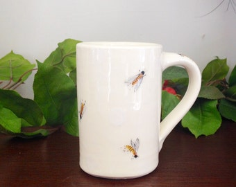Handmade Honey Bees Cylinder Shaped Earthenware Mug