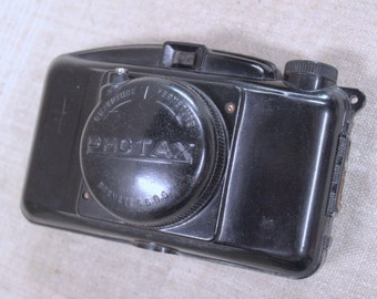 Vintage French Camera, Photax-brand, with original pouch and instructions