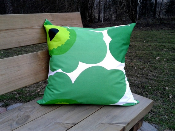 Pillow cover made from Marimekko fabric Unikko pillow case