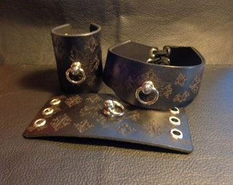 BDSM Collar and Cuff Set,Handmade Black Leather Collar and Cuffs With Swivel Ring, Decorative Light BDSM Collar and Cuffs Red Set available.
