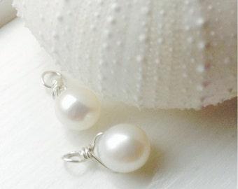 Freshwater Pearl Drops Pair - pearl earrings, pearl jewelry, pearl pendant, June birthstone, bridesmaids  jewlery,  white pearl earrings
