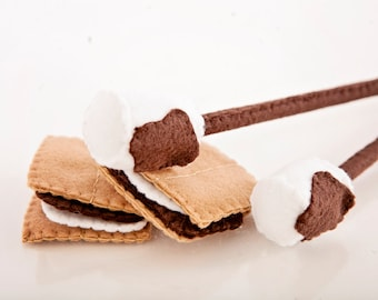 Felt Toy Food,  S'mores, Campfire Food, Imagination Toy, Dramatic Play, Pretend Toy