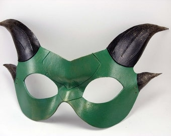 Green and Black Mini Dragon Mask, Dragon Masquerade Mask, Masked Ball Dragon, Forest Green, Small Mask, Dragon Domino, Leather Mask