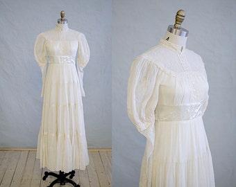 La Nellie - 1970s Prairie Style Wedding Dress