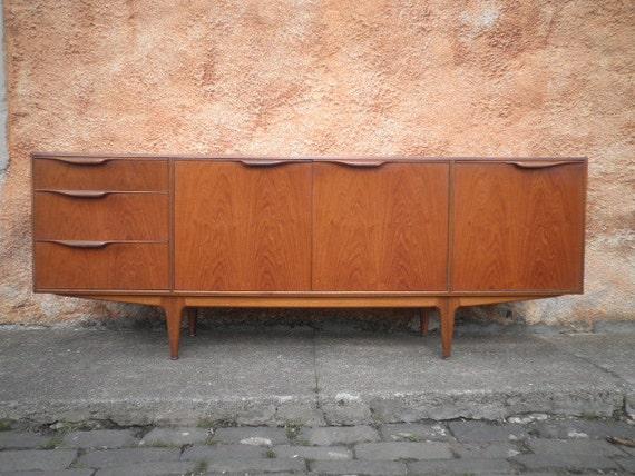 mcintosh vintage teck bahut m dias unit par vintagevoyeurscotlan. Black Bedroom Furniture Sets. Home Design Ideas
