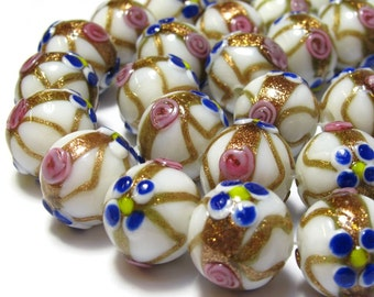 Large weddingcake lampwork glass rondelle white with goldstone 18x16 mm