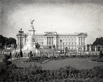London Photography, black and white, Buckingham Palace, Fine Art Print, London Decor, Europe, England, Britain, Wall Art, Matted Print